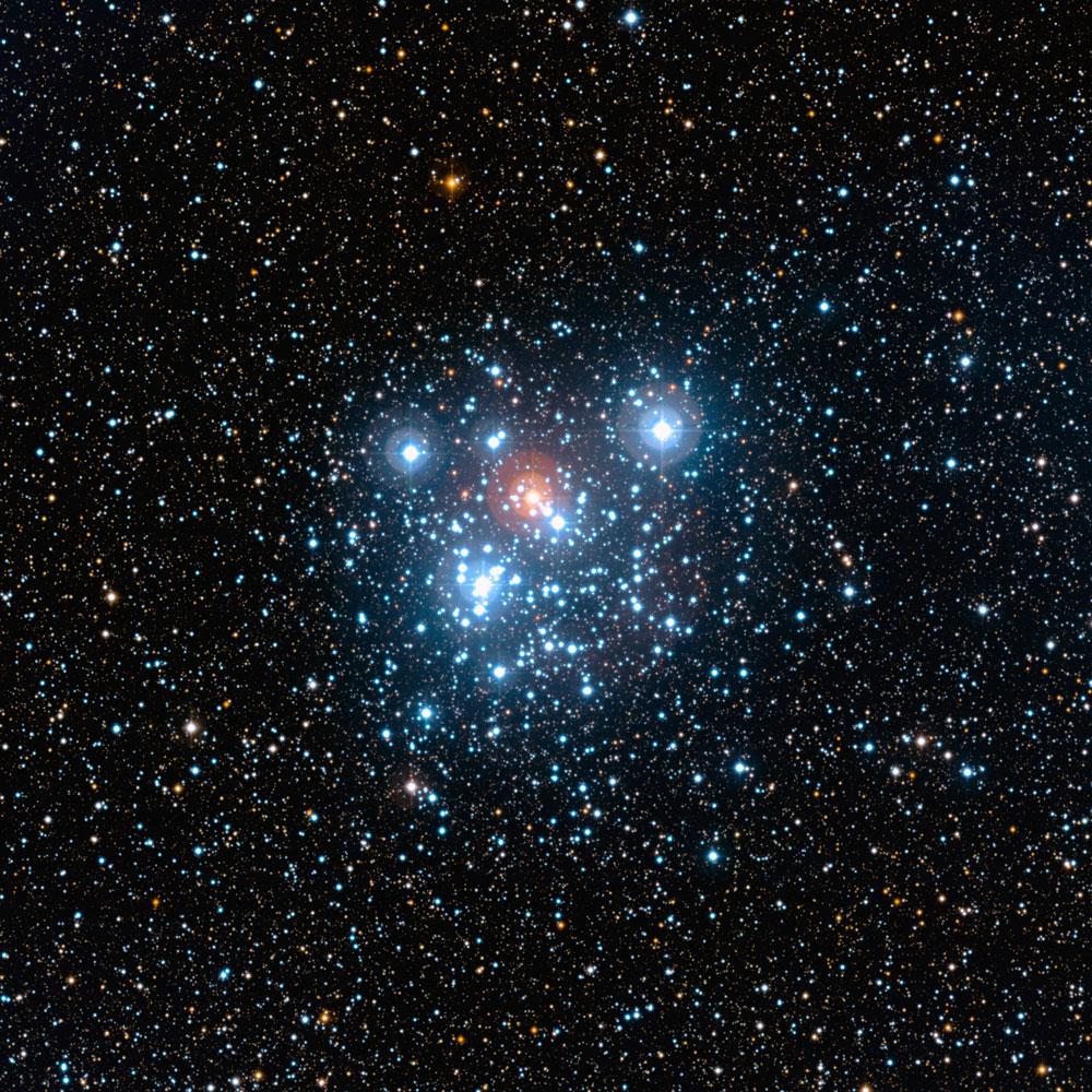 نمای باز از خوشه جعبه جواهر NGC 4755