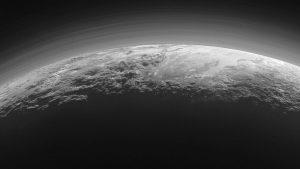 تصویر افق های نو از کوه های بزرگ پلوتون