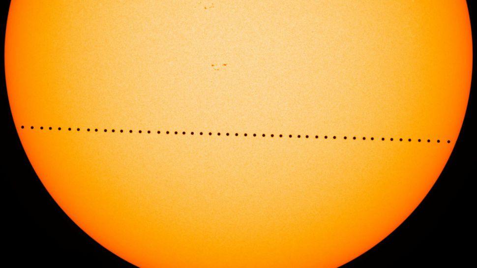 گذر عطارد از مقابل خورشید سال 1395