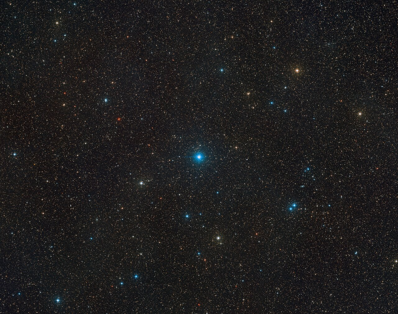 ستاره HR6819