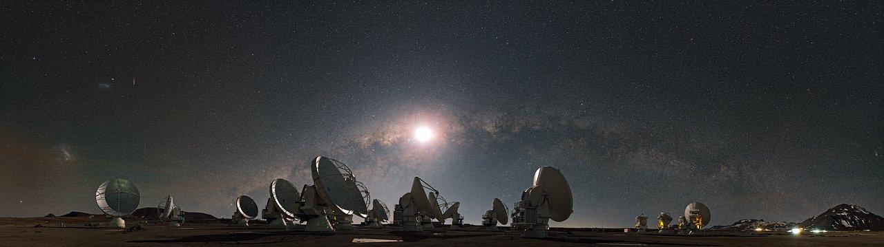 آرایه تلسکوپهای رادیویی آلما